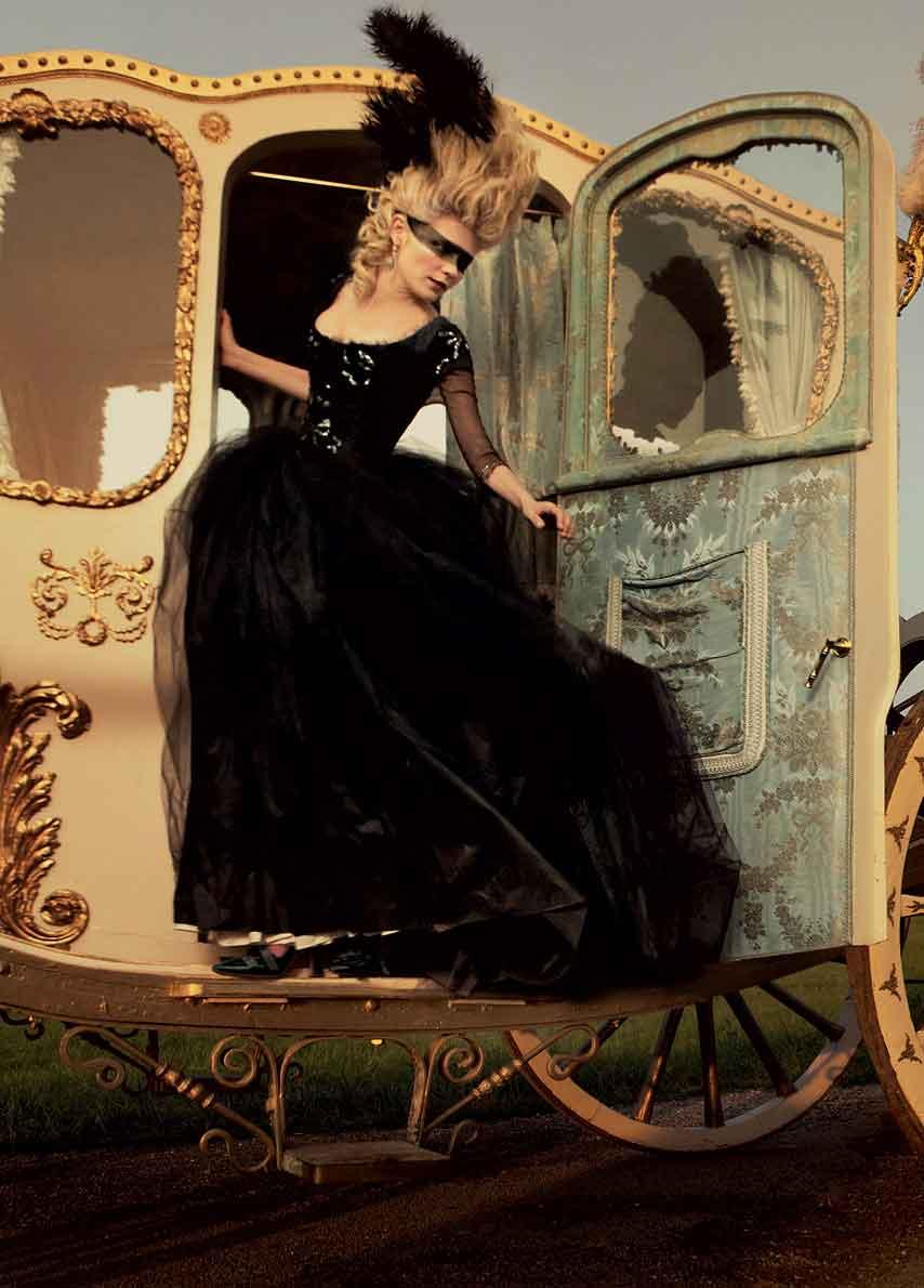 Kirsten Dunst, Marie Antoinette, Jada Loveless, Jada Loveless Jadore, Jada Loveless blog, Jada Loveless handbag, jada loveless playlist