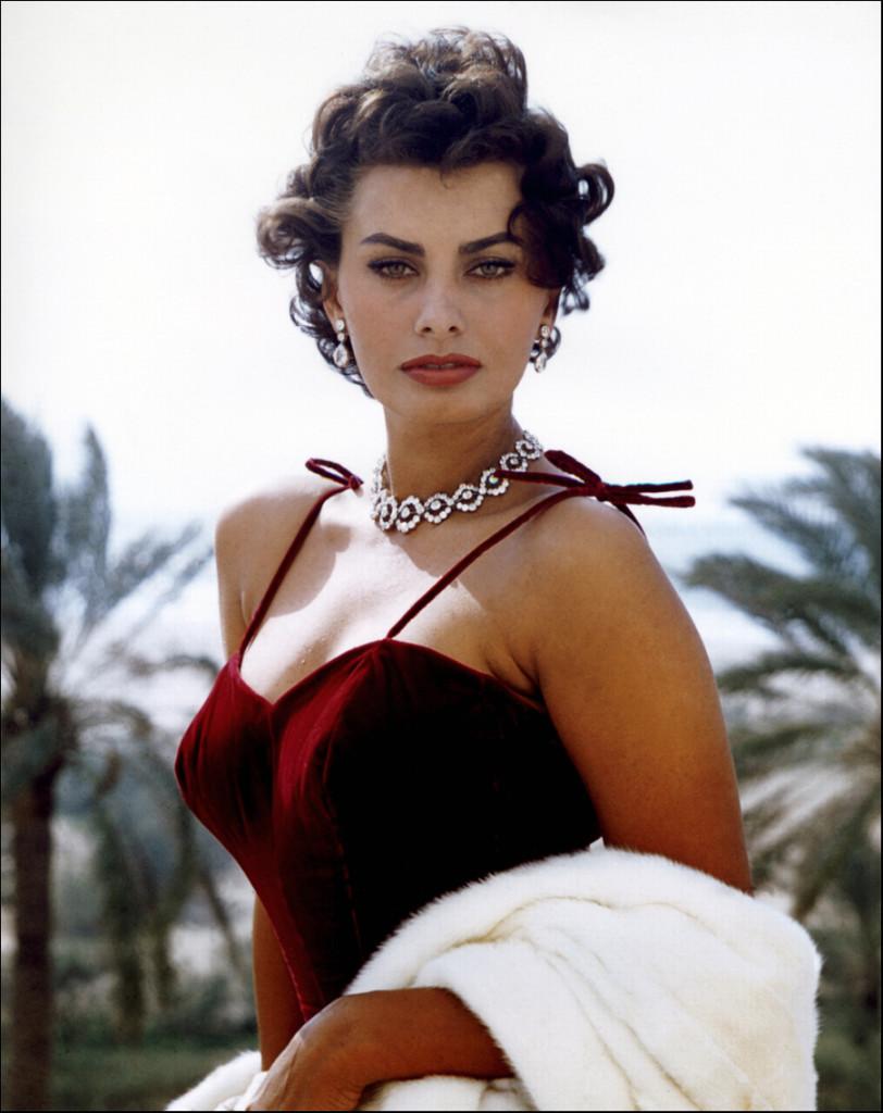 Sophia Loren, Italian Actress, Jada Loveless, Jada Loveless blog, Jada Loveless Jadore, Jada Loveless handbag, exotic handbag, luxury handbag, python handbag, alligator handbag